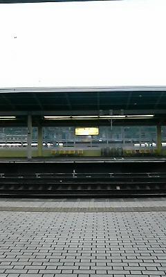 ひとけの無さすぎる米原駅